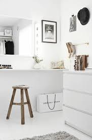 coiffeuse de chambre pour femme la table de maquillage pour votre coin de beauté