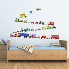 stickers pour chambre enfant decoration stickers chambre enfant garçon moyens transport