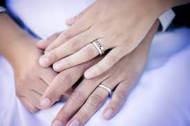 how to wear wedding ring set wedding ring on wedding ring sets yesyes its more ringporn