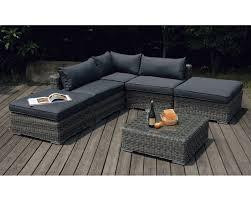 canapé de jardin en résine tressée salon de jardin canapé les cabanes de jardin abri de jardin et