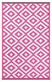 Pink Outdoor Rug Pink And White Indoor Outdoor Rug Green Decore