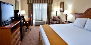 Rooms To Go Outlet Ocala Fl by Spring Hill Florida Hotel Holiday Inn Express U0026 Suites