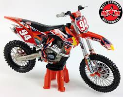 cast of motocrossed 2014 ken roczen redbull ktm sxf450 1 12 die cast motocross mx toy
