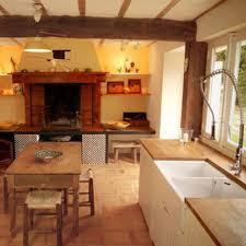 les cuisines à vivre une cuisine pour ma maison de cagne côté maison