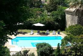 6 bedroom holiday rental villa with pool in cavillargues