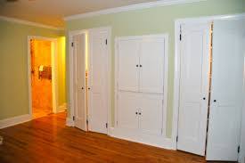 Wall To Wall Closet Doors Should I Paint My Closet Doors The Same Color As The Wall Or The Trim