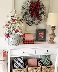 73 Best Deco Garland Images by Best 25 Christmas Entryway Ideas On Pinterest Christmas Decor