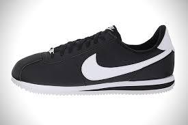 Nike Comfort Footbed Sneakers Kickin U0027 It 20 Best Classic Sneakers For Men Hiconsumption