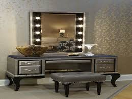 Vanity Set With Lighted Mirror Vanity Set With Lights And Mirror Home Vanity Decoration