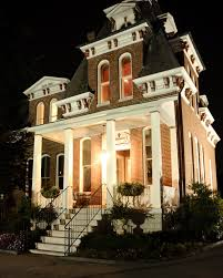 Wedding Venues In St Louis Mo The Cabanne House Was The First Brick Farmhouse West Of The