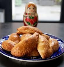 recette de cuisine russe cuisine russe pirojki chaussons russes au chou bortsch miam