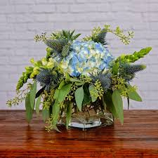 florist baton cool blue cube in baton la flower therapy florist