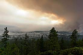 Wild Fires In Oregon State by Wildfires Burn Around Oregon 4 500 People Evacuated Oregon News