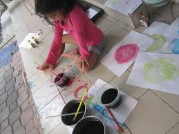 arts and crafts bubble painting with love mummy
