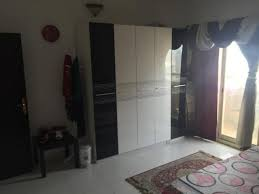 FULLY FURNISHED ROOM FOR RENT EXECUTIVE LADIES AND FAMILY DUBAI - Family room for rent