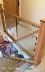 Glass Stair Banister 30 Stylish Staircase Handrail Ideas To Get Inspired Digsdigs