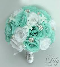 Wedding Flowers For The Bride - best 25 bling bouquet ideas on pinterest vintage wedding