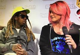 lil wayne got a glasses tattoo lol