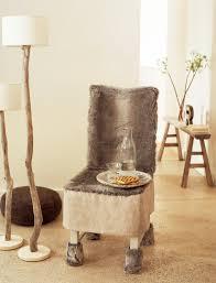 housses pour chaises une housse de chaise en fausse fourrure
