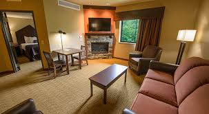 King Fireplace - pocono mountains resorts camelback lodge suites u0026 rooms