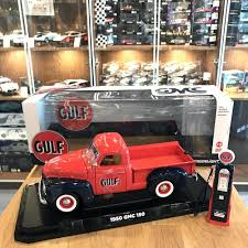 gulf racing truck greenlight 1 18 1950 gmc 150 pickup truck gulf oil with gas pump