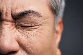 Signs And Symptoms Of Blindness Here U0027s How To Tell If You Damaged Your Eyes From Staring At The Sun