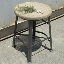 short bar stools foter