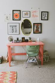 How To Decorate A Desk How To Decorate A Small Space When Renting Great Ideas For Small