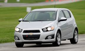 chevrolet prices the 2012 sonic from 14 495 hatchback starts at