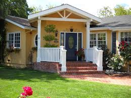 exterior paint colors on houses bungalow exterior house paint