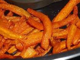cuisiner des carottes la poele frites de carottes la cuisine oursante