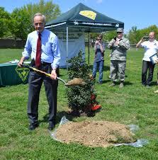 Delaware Power Of Attorney by U S Senator Thomas R Carper Celebrates