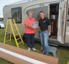 Motorhome Awning Reviews How To Fit A Carefree Motorhome Awning Practical Advice New