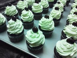 birthday cakes online chocolate mint cupcakes cake delivery order cake online
