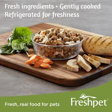freshpet select tender chicken with crisp carrots u0026 leafy spinach