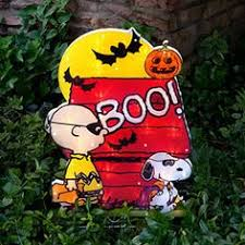 Peanuts Halloween Outdoor Decorations by Danbury Mint Peanuts Halloween Sculpture It U0027s The Great Pumpkin