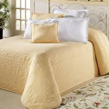 Grey Matelasse Coverlet Bedroom Make Your Bedroom More Lovely With Matelasse Bedspreads