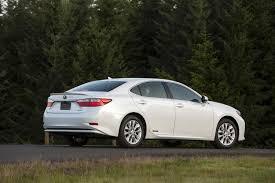 lexus best gas mileage 2014 lexus es 300h rear on top 10 best gas mileage luxury cars