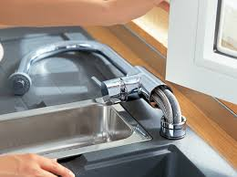 robinet cuisine sous fenetre robinet de cuisine comment bien le choisir