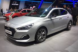 new hyundai i30 fastback brings 5 door coupe option to family