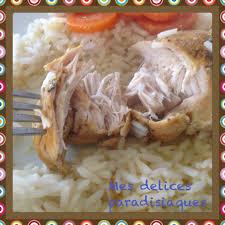 cuisiner des blancs de poulet moelleux blancs de poulet moelleux sauce crémeuse aux carottes et riz le