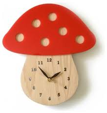 this clock would be in a woodland themed room