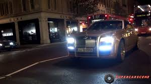 rolls royce ghost gold video gold flake mansory rolls royce ghost shimmers in london