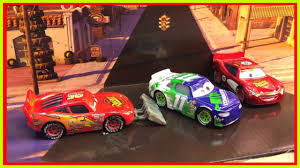 disney cars lightning mcqueen u0026 cars 3 chip gearings unboxing and