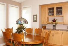 what color do you paint a dining room with oak cabinets home