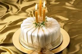 40 christmas cake ideas pleated shimmer christmas cake goodtoknow