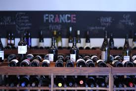 wine delivery los angeles best wine store options in los angeles for white and bubbly