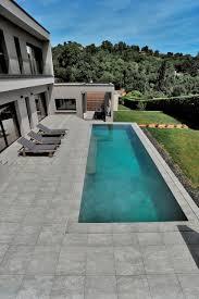 amenagement piscine exterieur villa privée u2013 saint didier au mont d u0027or carrelages gris vals