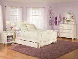 Antique Finish Bedroom Furniture Bedroom Wonderful Antique White Finish Lea Sleigh Bedroom