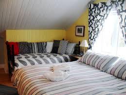 chambre des gîte la chambre des maîtres bed and breakfasts baie paul